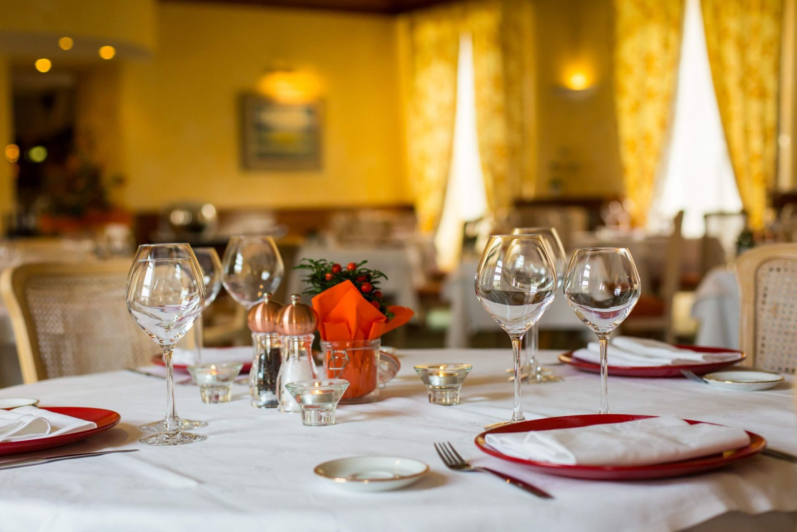 hôtel ursulines, Autun, salle à manger
